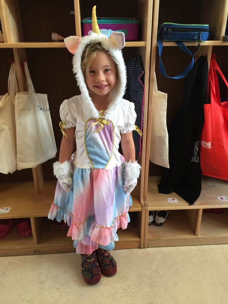 Anna was a cute little unicorn for Halloween
