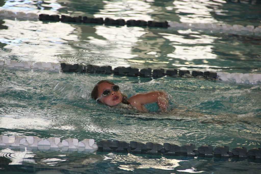 Anna in her freestyle race at her first swim meet
